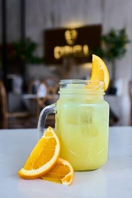 Jugo de naranja 100% natural