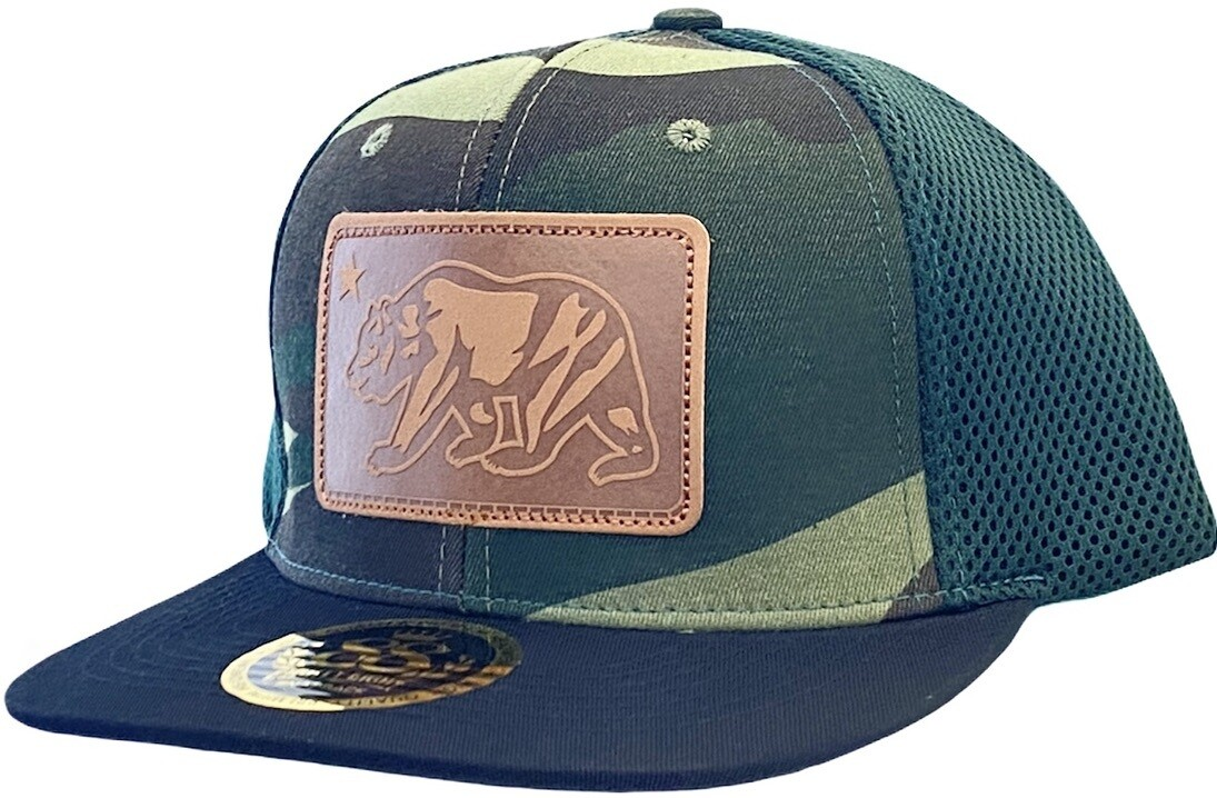 CALIFORNIA BEAR SQUARE LEATHER SNAPBACK​ HAT