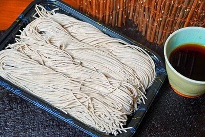 100% Soba noodles (600g) with Gluten free sauce (240g)