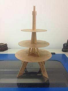 Подставка для торта и капкейков Эйфелева башня