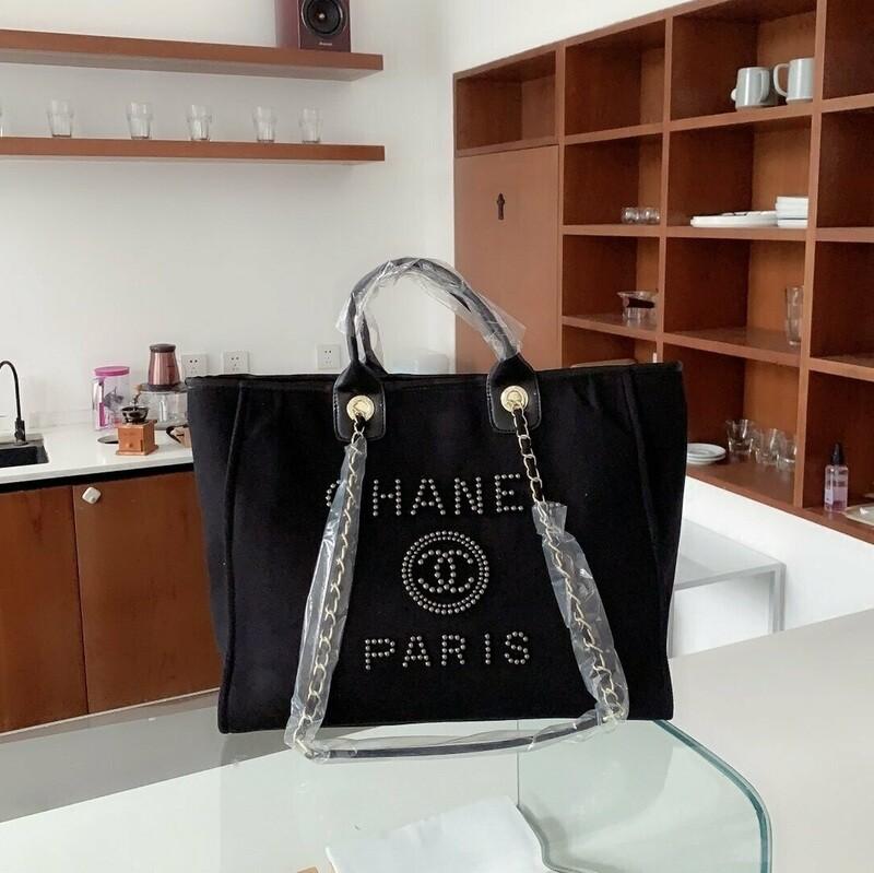 Black Elegant Shoulder bag