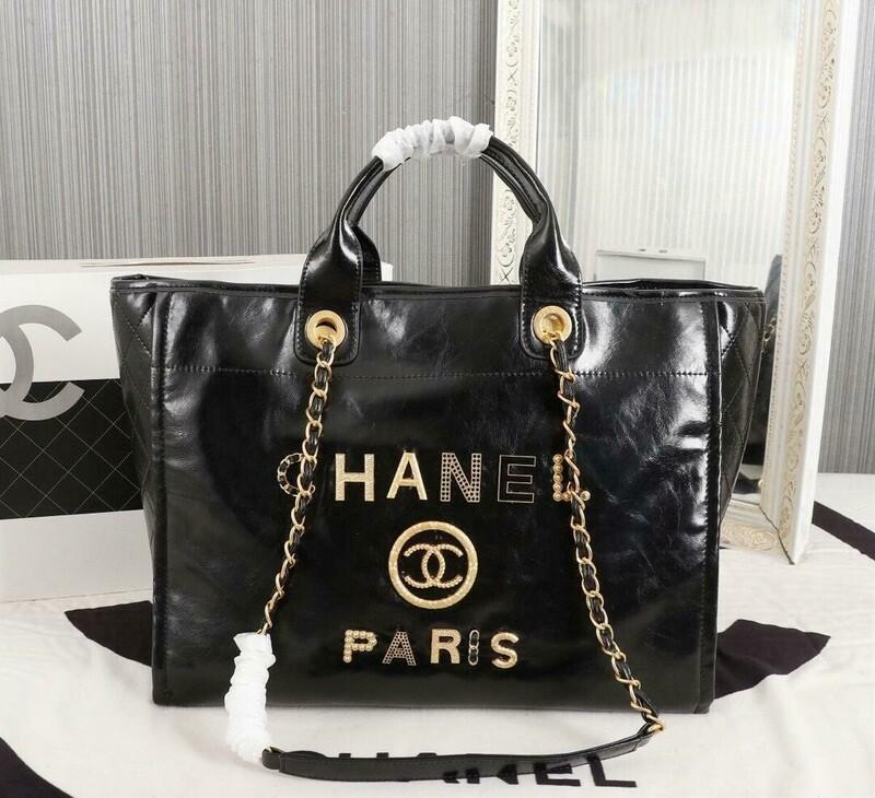 Black Handbag For Shopping