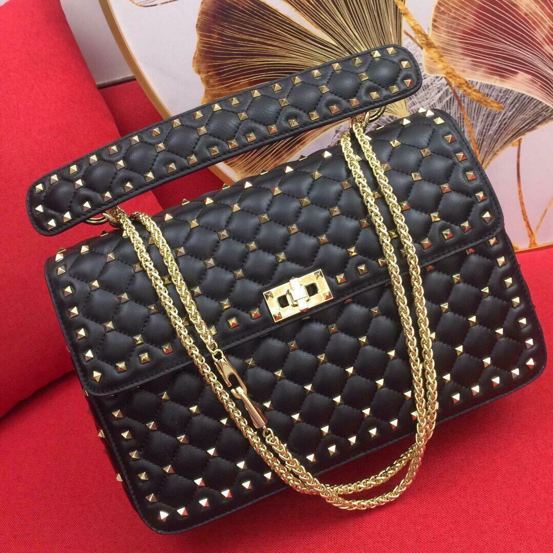 Perfect Black Shoulder Bag