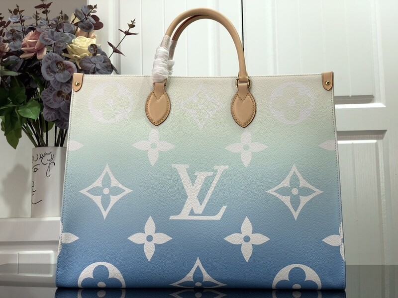 The Blue MM Bag For Shopping