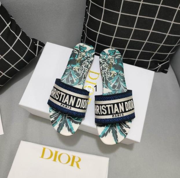 Dior sandal For Ladies