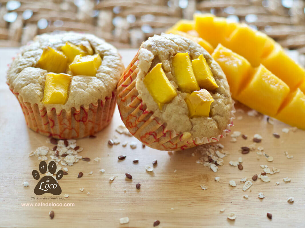 Pup Cakes with fresh fruit topping( pack of 6 )