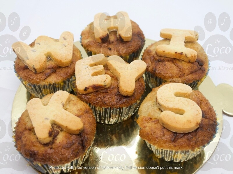 Pup cakes with letters( 6pcs)