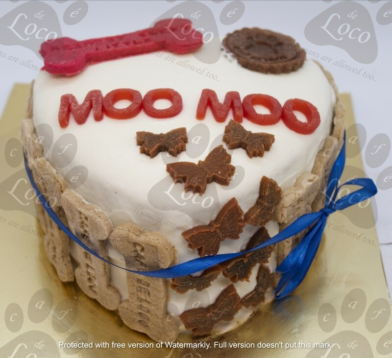 Heart Icing dog cake with side cookies