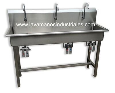 Lavamanos Triple Con Válvulas De Rodilla y Con Base