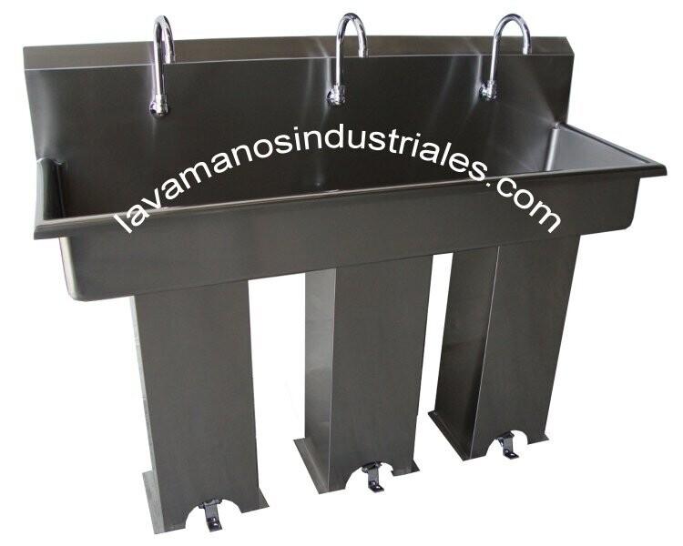 Lavamanos Triple con Válvulas de Pie y Con Pedestal