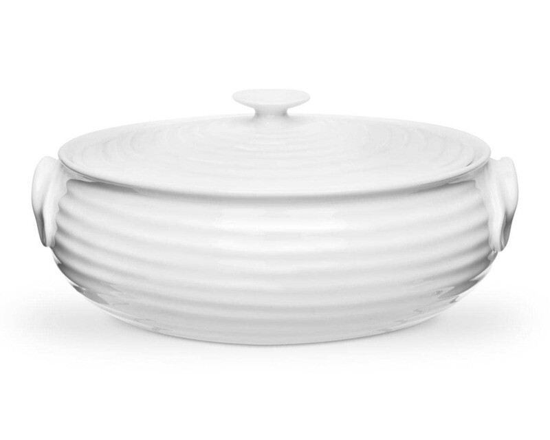 Oval Covered Casserole Dish