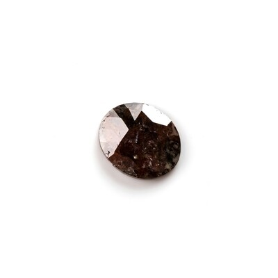 Black and red spotted with green undertone - 0.62 ct