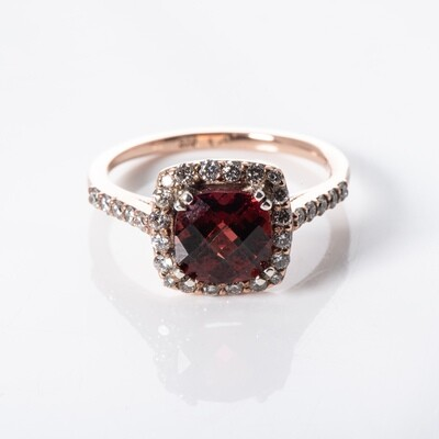9K Rose Gold Garnet Ring