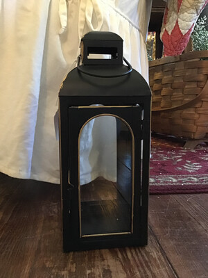 11in Lantern/Black W/ Gold Trim