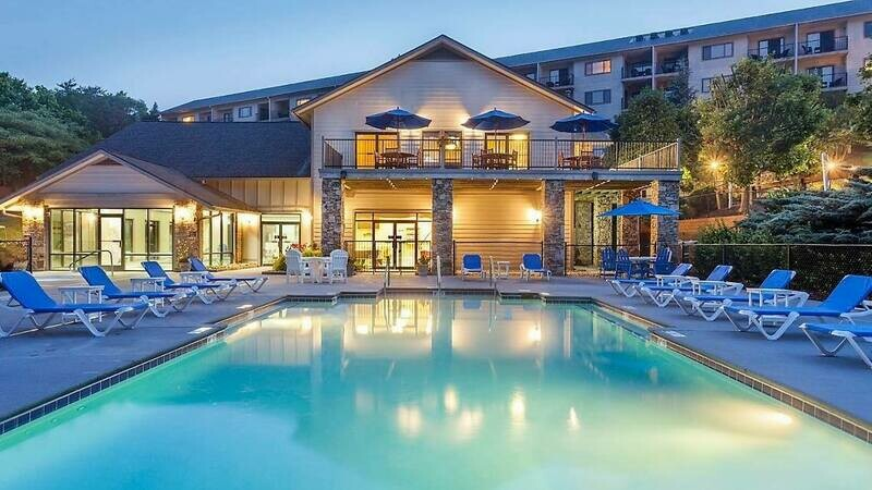 2 NIGHT SEPTEMBER PIGEON FORGE, TN STANDARD VILLA FOR 4-Bluegreen's Laurel Crest Resort- 09/11/20-09/13/20