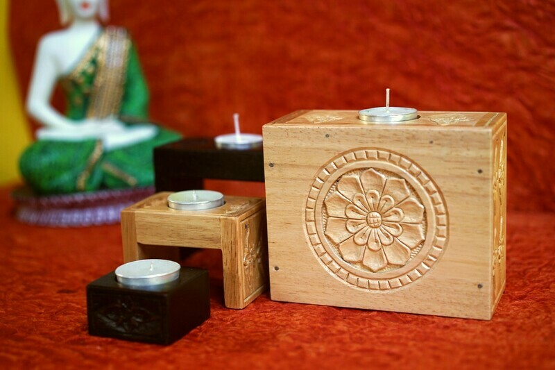 Wooden Carved Compact T- Light Holder