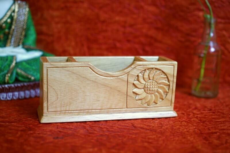 Wooden Notelet Cum Double Pen Stand