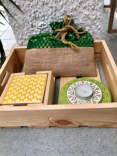 Slotted Fruit Tray Set