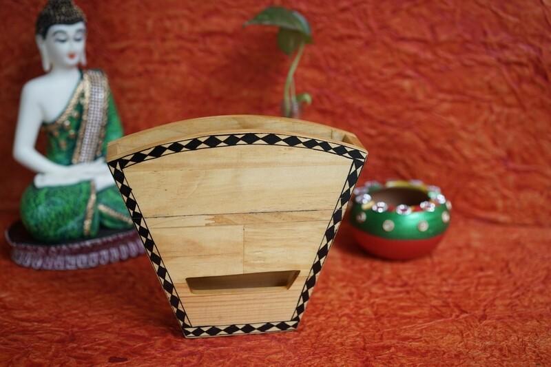 Wooden Mobile Amplifier