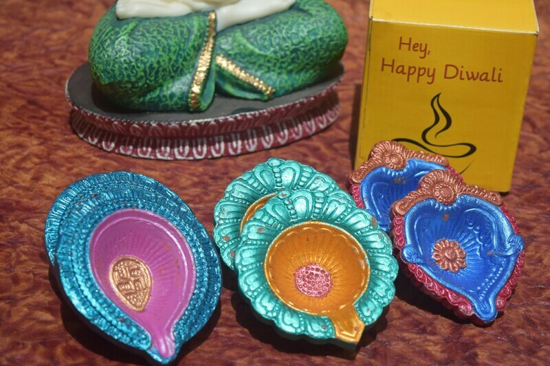 Colourful Diya Set - 3 pair