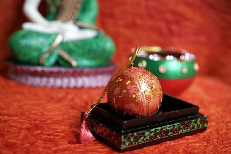 Kashmiri Hanging Ball