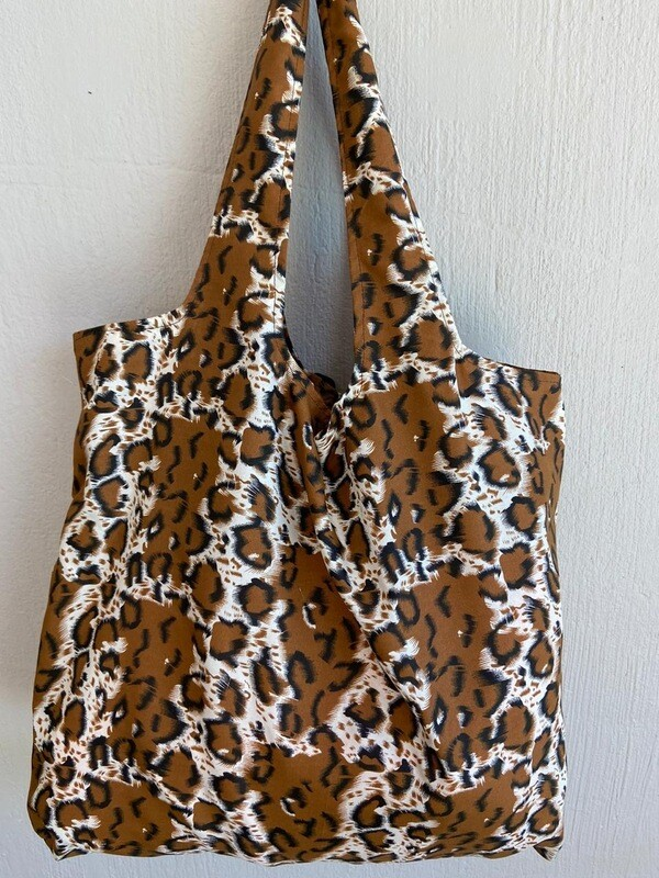 JST Bag Giraffe