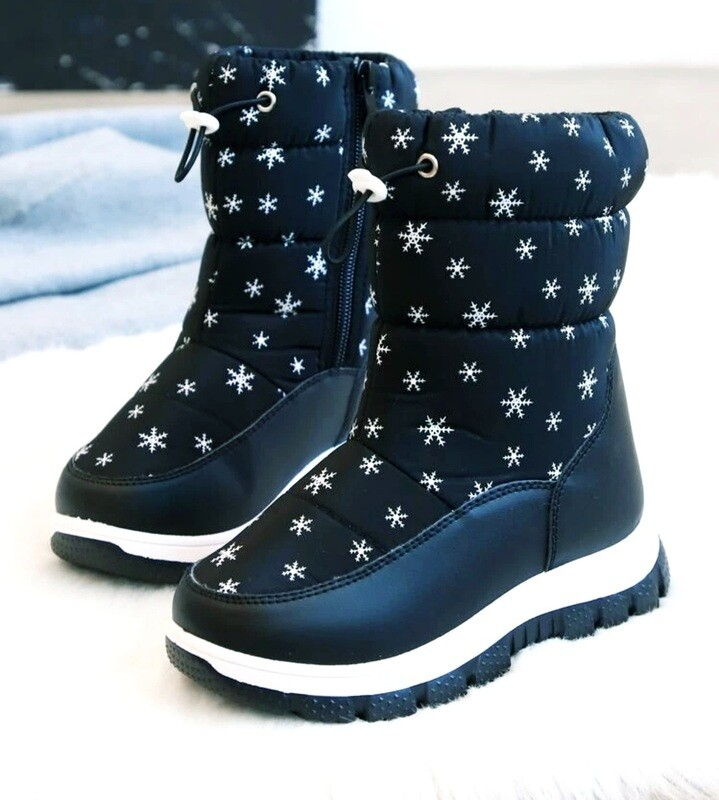 Snowflakes winter Boots