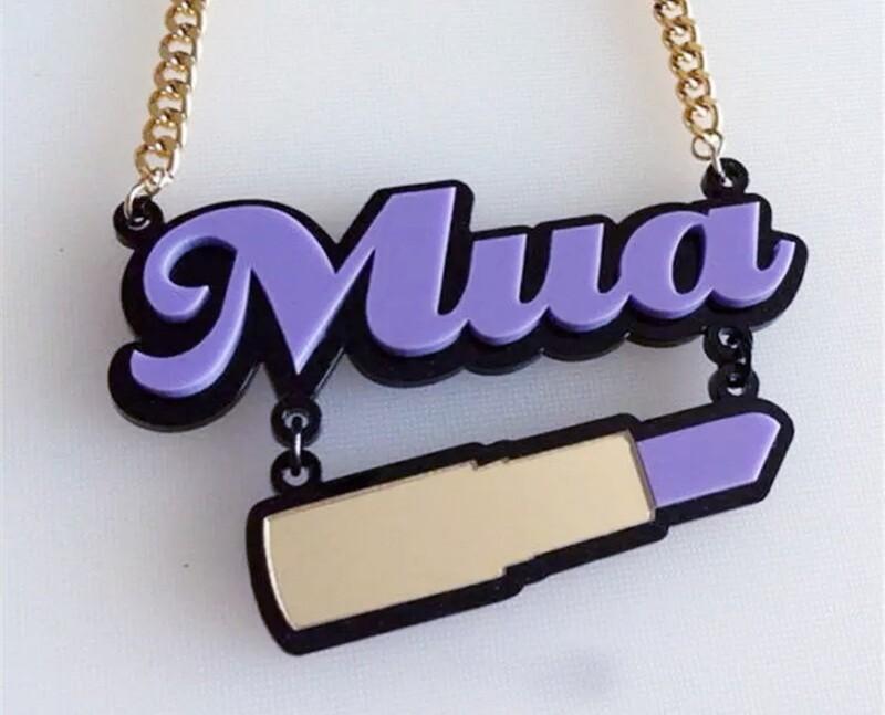 Pendant Necklace Mua