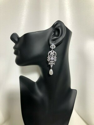 Vintage Scroll Middle Pear Drop Chandelier Earring
