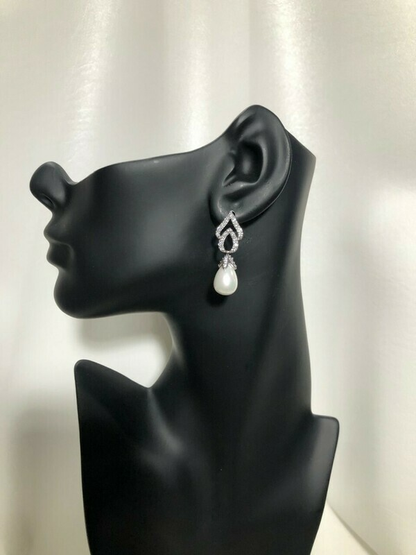 Pave Cubic Zirconia Spade Top Pearl Drop Earring