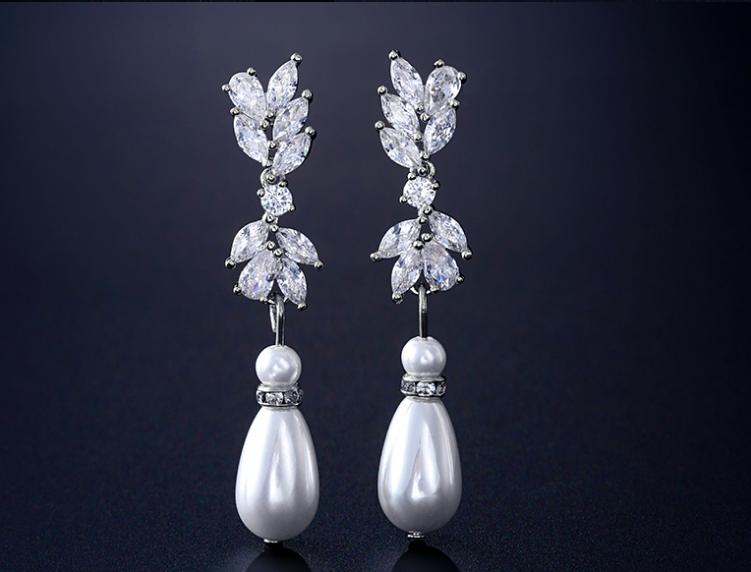 AAA Cubic Zirconia Marquis Pearl Earring