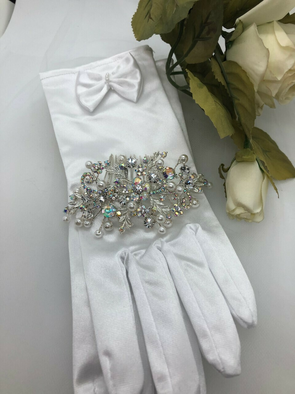 White Pearl Clear/AB Crystal Hair Comb