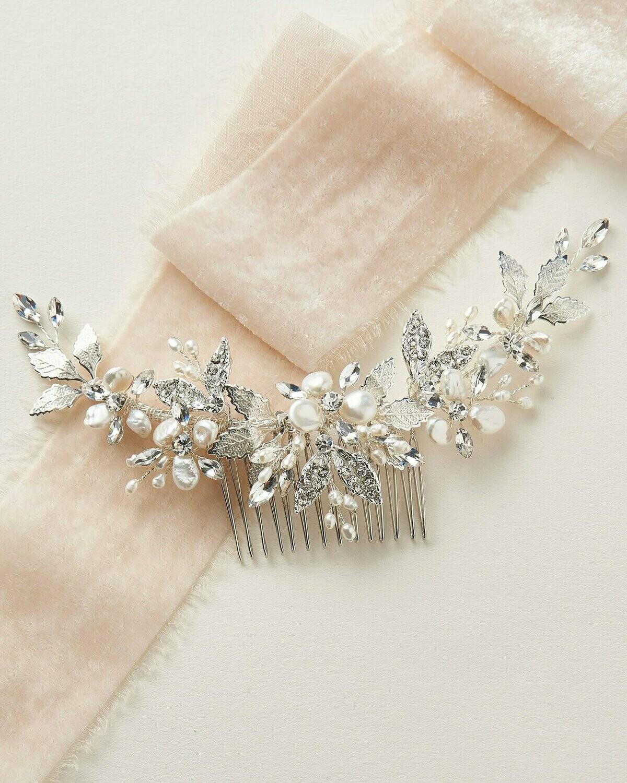 Freshwater Keshi Pearl Crystal Back Comb