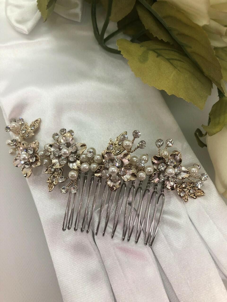 Vintage Gold/Pearl Swarovski Floral Comb