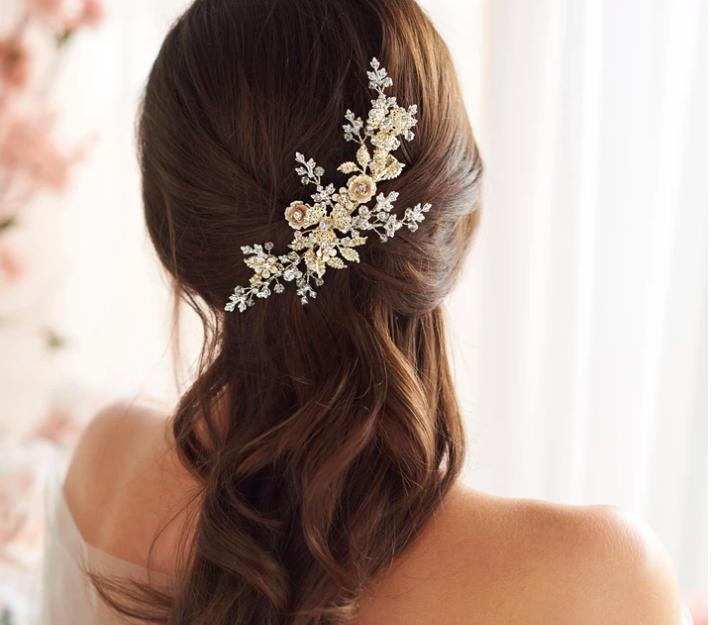 Breathtaking Metal Rose Burst Crystal Hair Clip