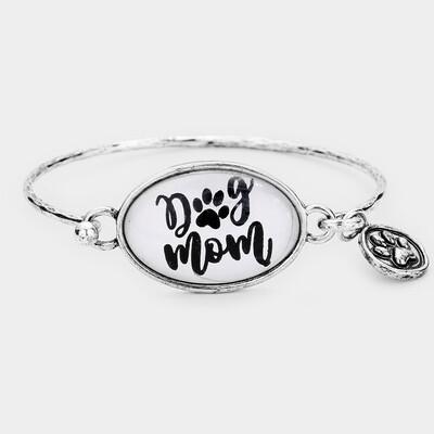 'Dog Mom' Dog Paw Charm Hook Bracelet