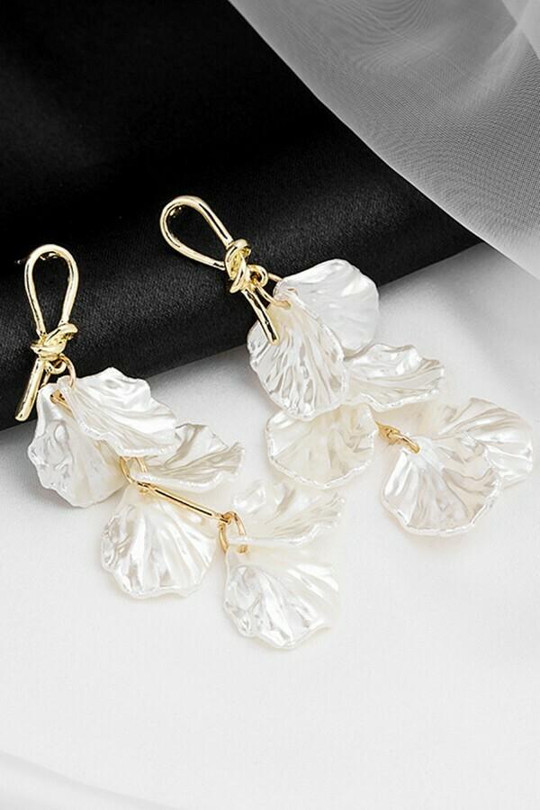 Pearl Shell Petal Drop Earrings