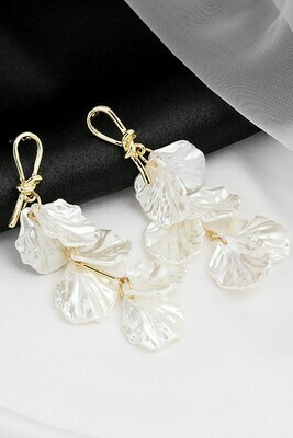 Pearl Shell Petal Drop Earrings