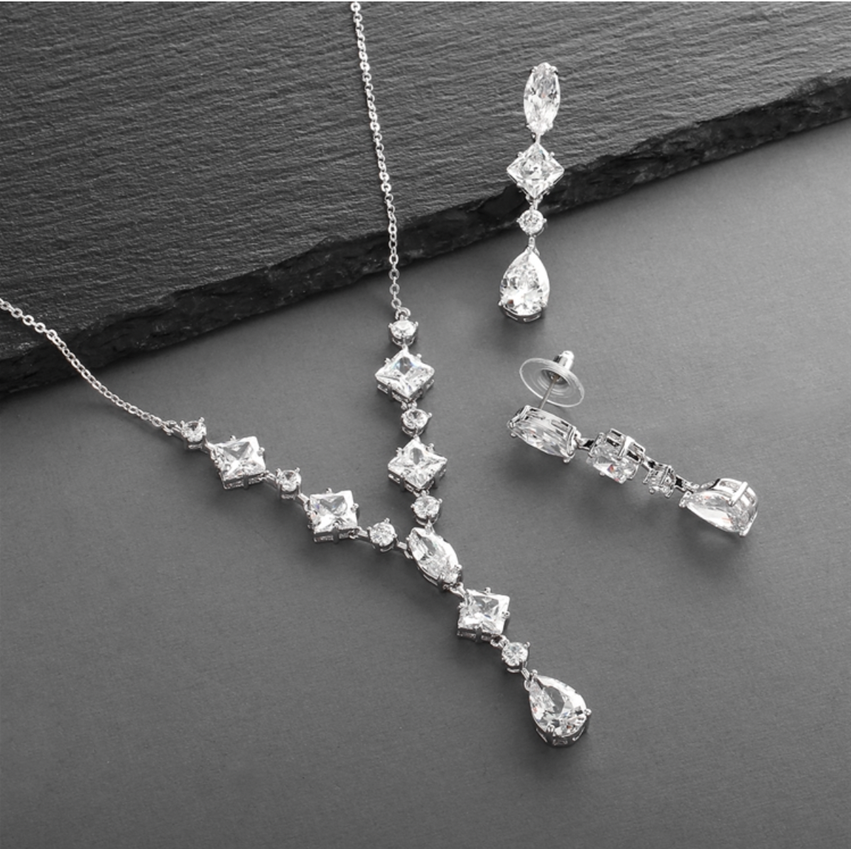 Glamorous Mixed Cubic Zirconia Necklace & Earrings Set