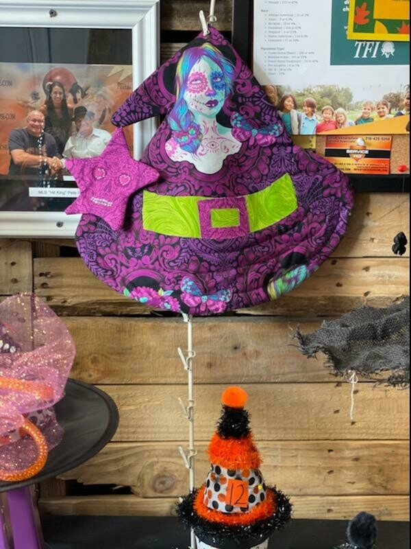 Vote for Witch Hat #12