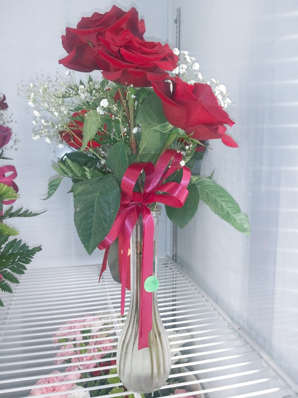 Farmers Market: Betty's 3 Fresh Roses