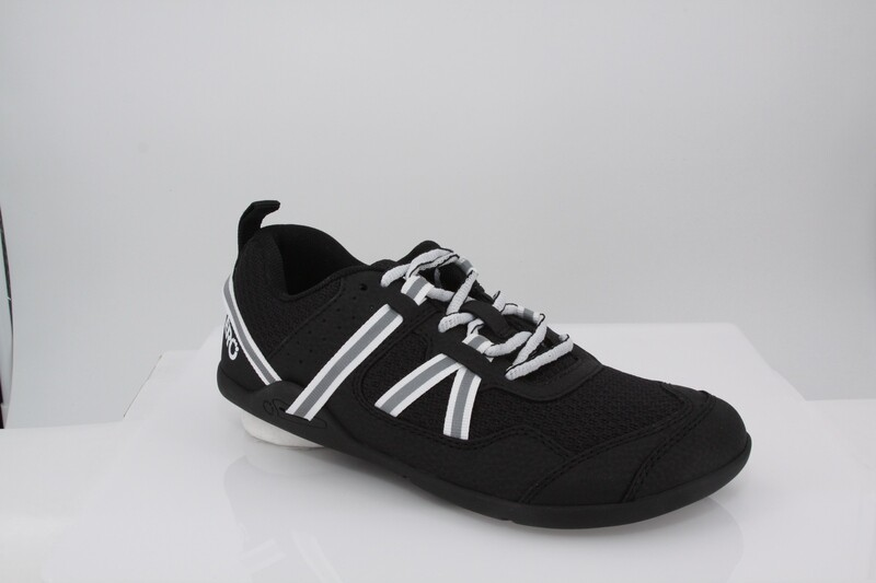 Prio Youth - Running and Fitness Shoe - Black and White