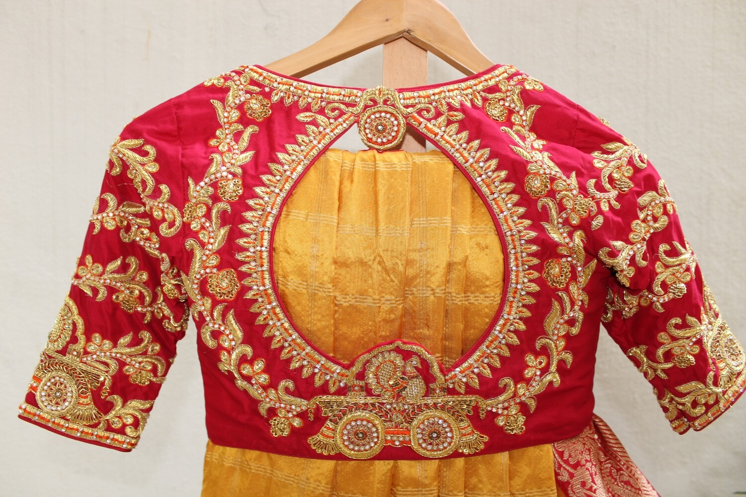 Grand Bridal Chariot design Bridal Blouse