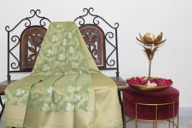 Pista Green Banarasi Jaamdani Handloom Saree with  Jaal Weaving and Zari Pallu