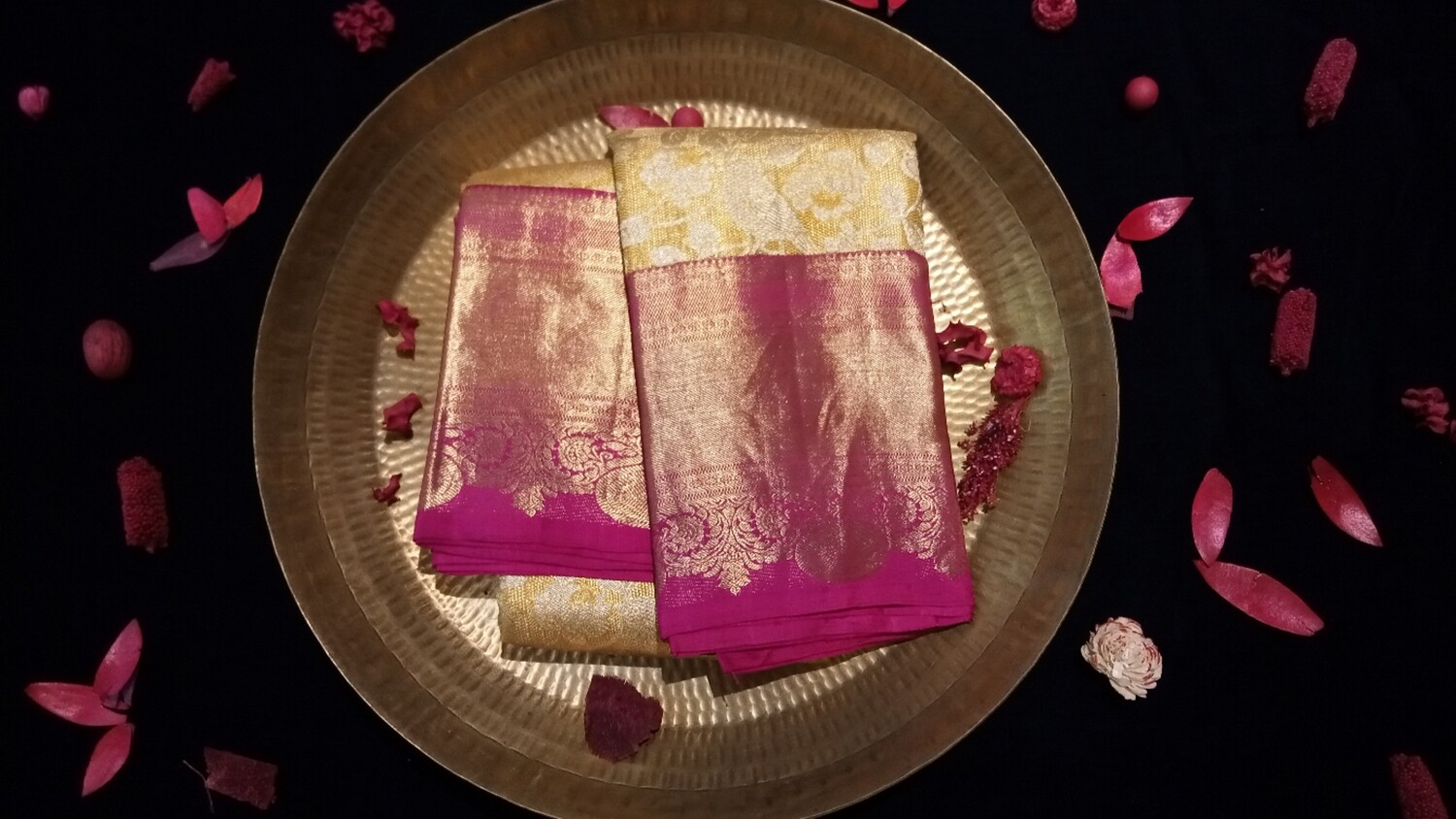Yellow kanchi with pink border
