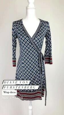 Diane Von Furstenberg, Wrap Dress, Size 2
