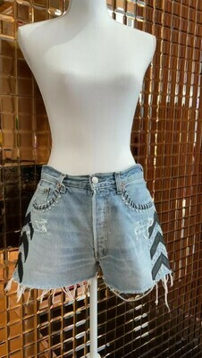 Capuccino, Blue/Black Arrow/Silver Metal Stud Denim Short, Size 40