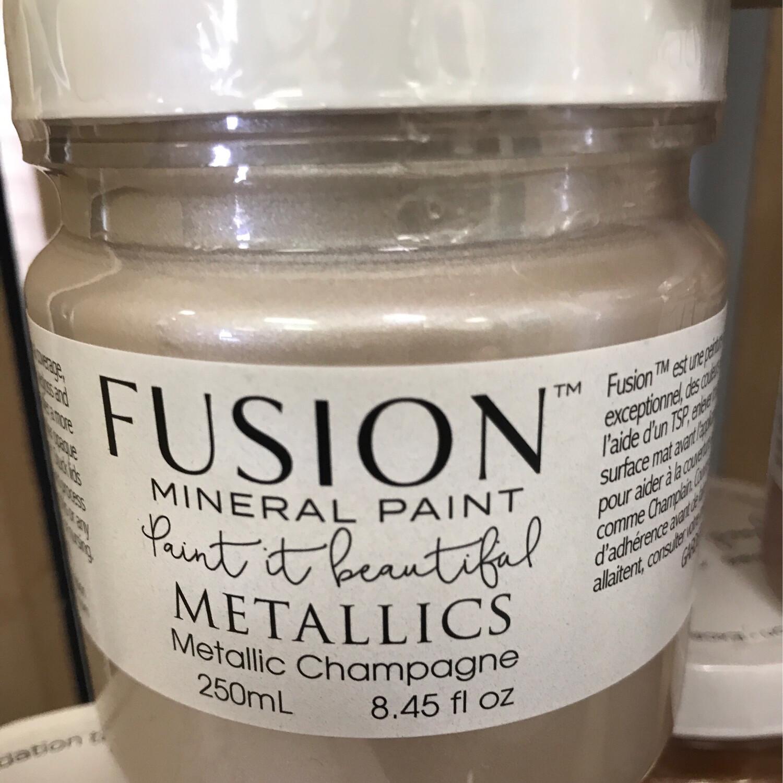 Fusion Metallic Champagne 250ml