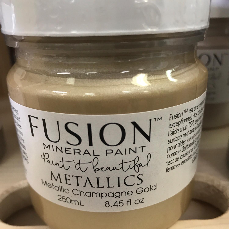 Fusion Metallic Champagne Gold 250ml