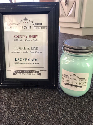 Farmhouse 14oz Candle- Country Berry